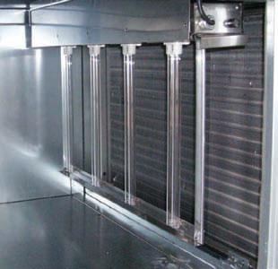Бактерицидная установка, расположенная внутри воздуховода